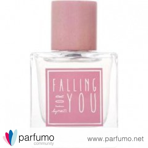 Falling for You by rue21